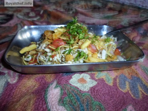 A Delicious Moth Bhel for Breakfast