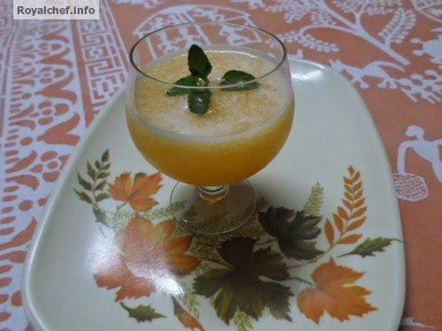 An easy recipe for Chilled Muskmelon Juice