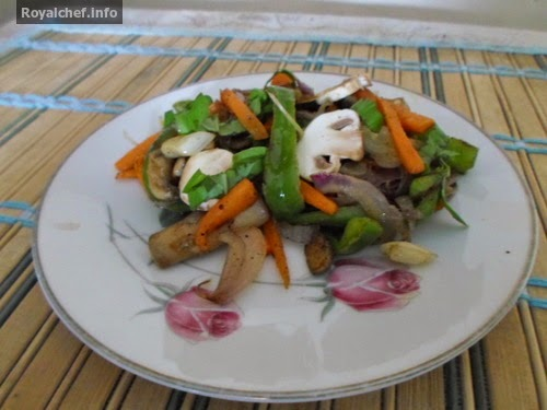 An Indian Style Mushroom-Capsicum Salad