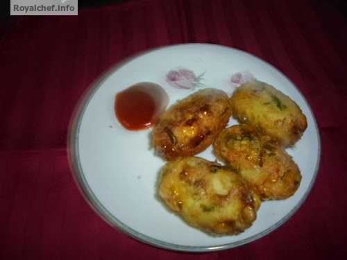 The delicious and crispy snack of corn Kababs
