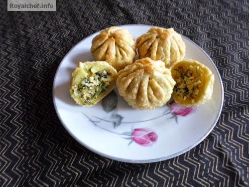 Maharashtrian recipe for Crispy Spicy Coriander Modak