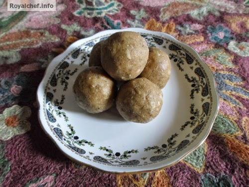 A Nourishing Marathi recipe for Water Chestnut Ladoo