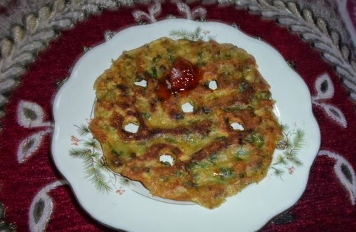 Methi Thalipeeth (Fenugreek Thalipeeth) 1