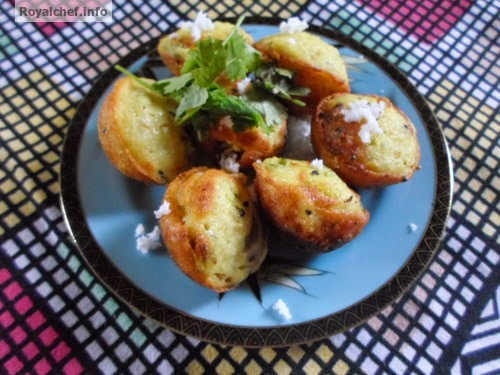 The popular Maharashtrian snack Aappe (आप्पे)