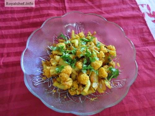 A spicy Maharashtrian Masala Cauliflower chi Bhaji
