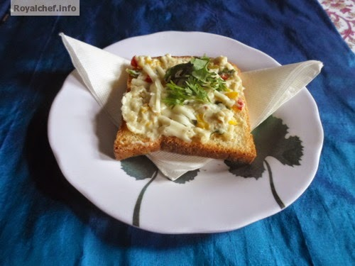 Great snack or breakfast dish of Mushroom Cheese Toast in White Sauce
