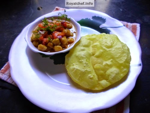The popular and famous Indian Puri