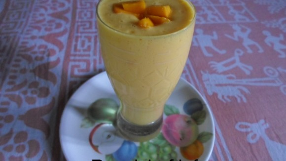 Easy Fresh Mango Lassi Recipe | Royalchef Sujata