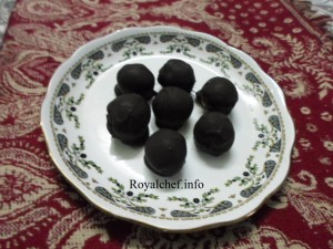Homemade Cheese or Mawa Chocolate Balls