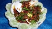 Stuffed Onion Masala Eggs