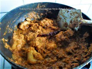 Sukha Chicken Gravy Maharashtrian Style