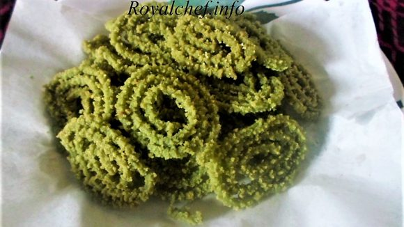 Tasty Spinach Chakli